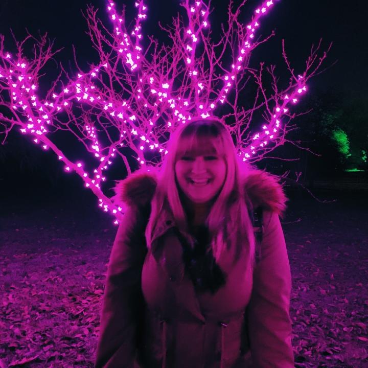 Holly Jolly Christmas tag😊