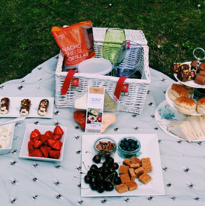 July-ving and thriving Day 17: Summer picnic:)